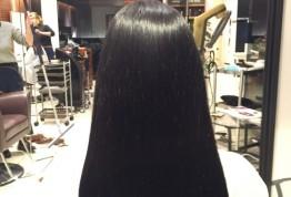 原宿、表参道、女性スタッフのみのサロンpluslounge『艶髪』yui